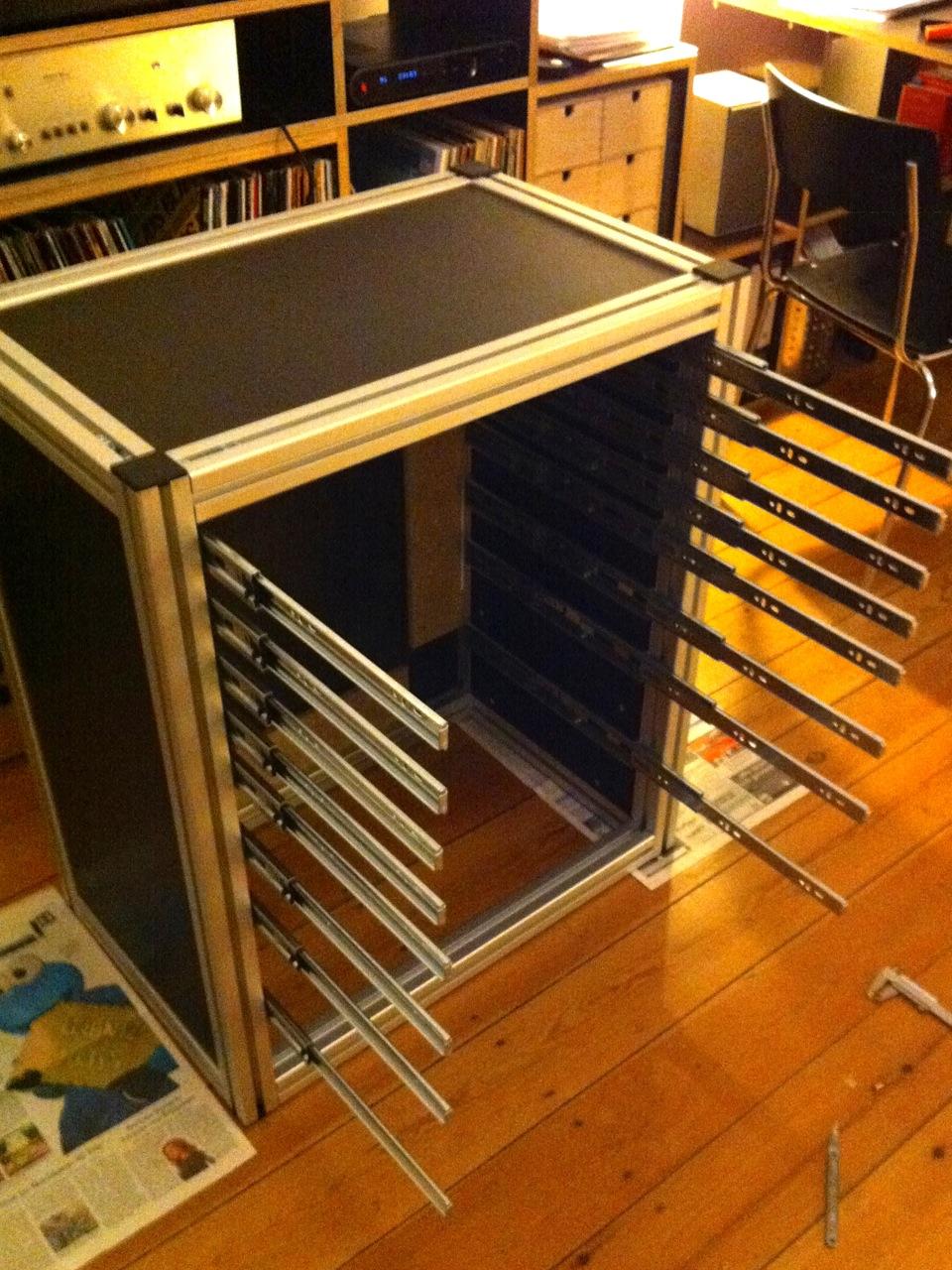werkstattwagen selber bauen smartstore. Black Bedroom Furniture Sets. Home Design Ideas